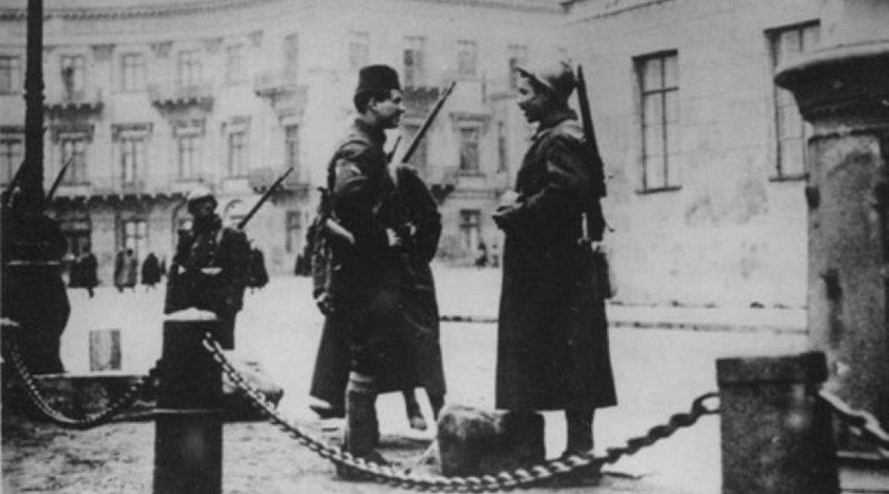 """Всім любителям """"смачного пломбіру"""": як в Одесі більшовики розстрілювали опонентів"""