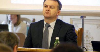 Що спільного у Порошенка, львівського ЄС-івця Синютки, франківського бандита Халаменди та кума Путіна Віктора Медведчука?