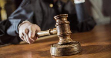 Одіозний суд постановив: Шкарлет не є плаґіатором