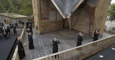 У Бабиному Яру за участи Єрмака відкрили синагогу, проти якої виступала єврейська громада